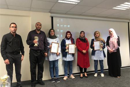 مدرسة القاسمي الأهلية تحتفي باللغة العربية والطلاب في قمّة إبداعاتهم