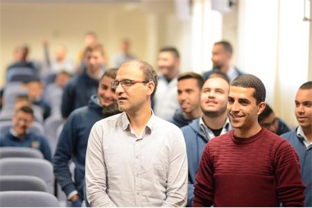 استضافة مهندس الحاسوب مروان بيادسة والمبادر المجتمعي حسن أبو شعلة